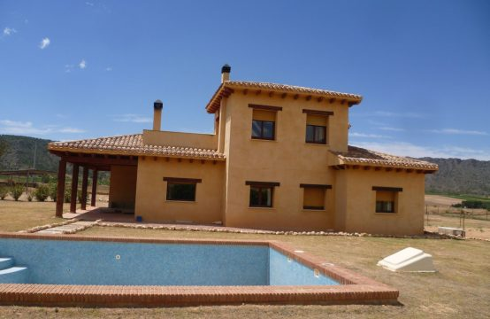 5 Bed Villa For Rent