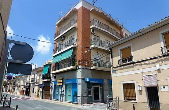 4 Bed Apartment/Flat For Sale