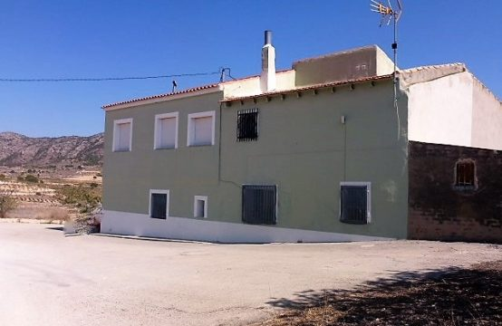 9 Bed Country House For Sale