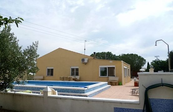 4 Bed Villa Under Offer