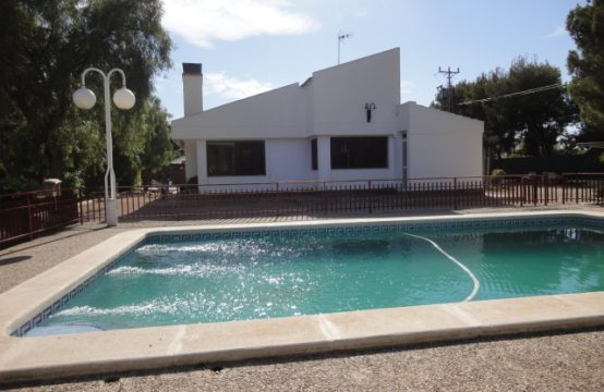 4 Bed Chalet For Sale